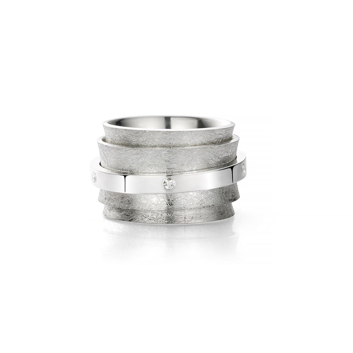 MOYA carrouselring met draaiende ringen en diamanten