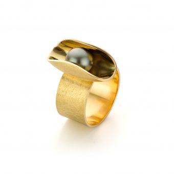 MOYA Oester ring geel goud met Tahiti parel